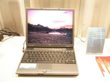 Vista上市 富士通电脑展台一览