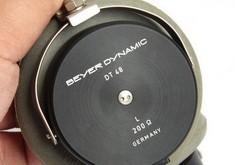 全球仅一只的古老耳机